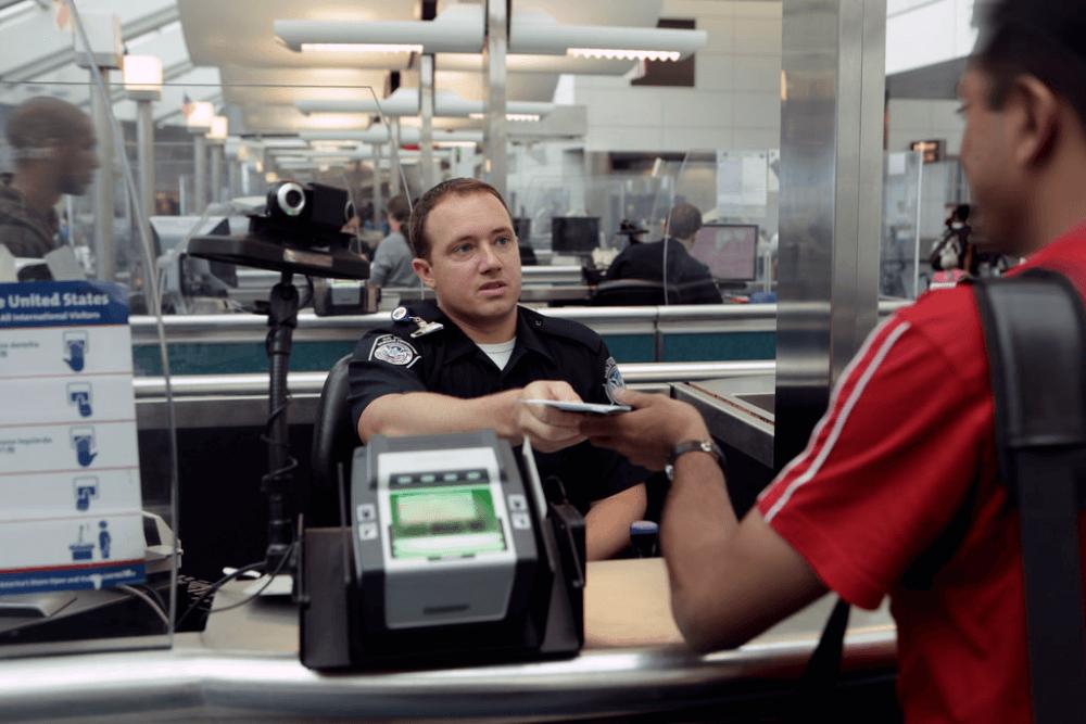 Снятие запрета на въезд в США