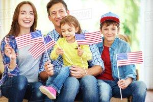 Воссоединение с родителями, супругами, детьми, братьями и сестрами, Оказание иммиграционных услуг для получения «зеленой карты», гражданство США
