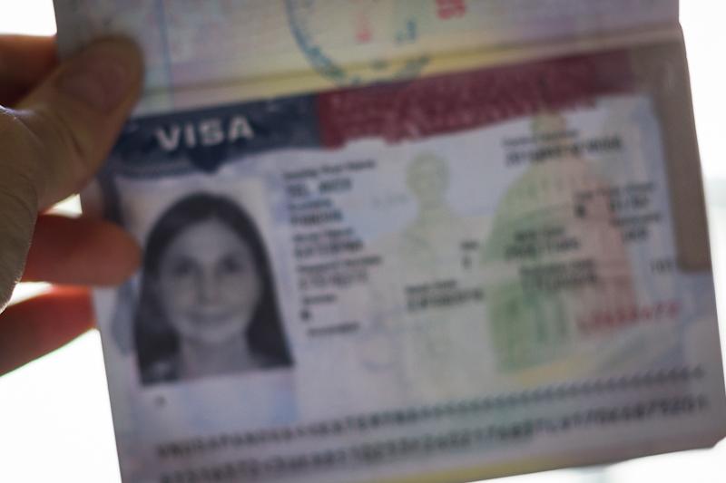 Если все делать правильно, виза - у вас в руках! Фото Катерины Пановой