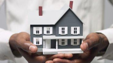 Если не застраховаться и сдавать жилье, будут проблемы. Фото hopeinsure.com