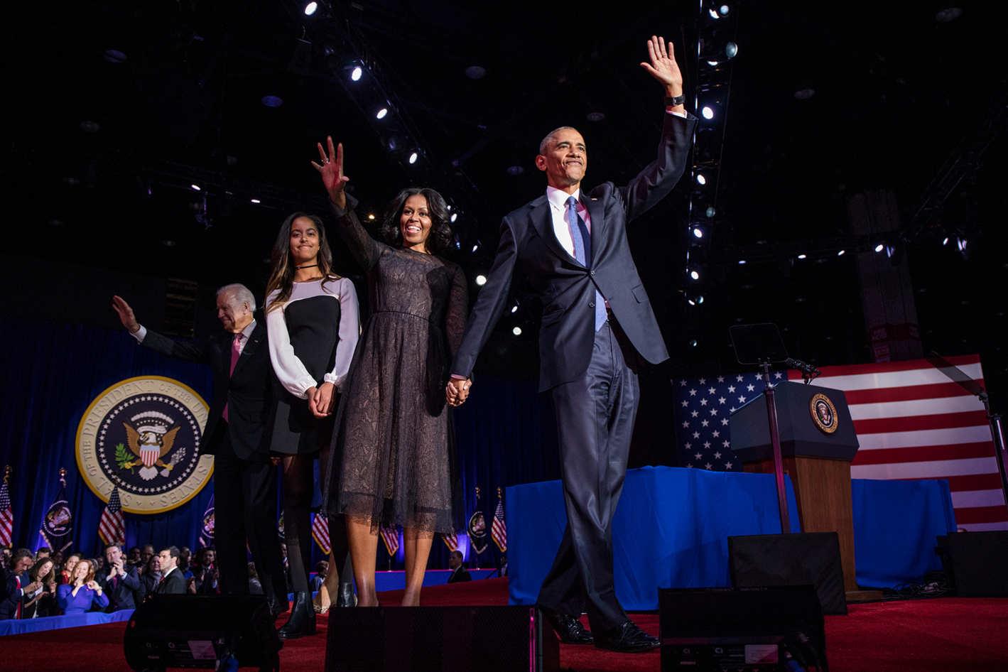 Обама и ео семья на прощальной речи Фото: nymag.com