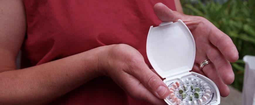 Том Прайс говорит, что женщины должны сами покупать контрацептивы. Фото: vox.com