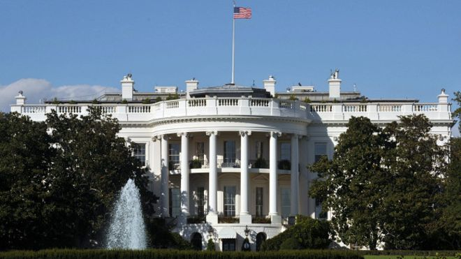 С сайта Белого дома неожиданно исчезло несколько важных вебстраниц. Фото http://newzz.in.ua/