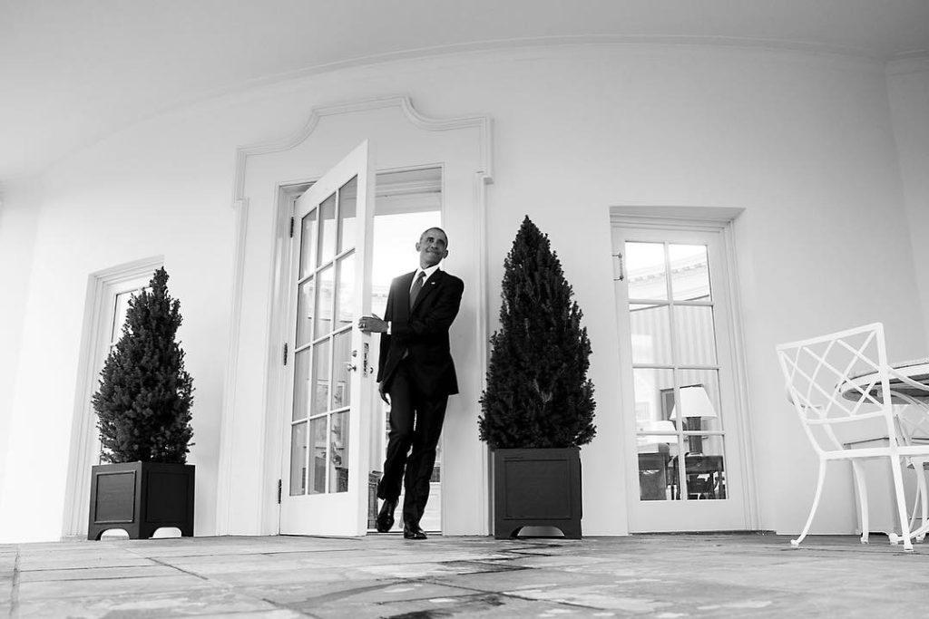 Барак Обама покидает Овальный кабинет в последний раз. Фотоinstagram.com/petesouza/