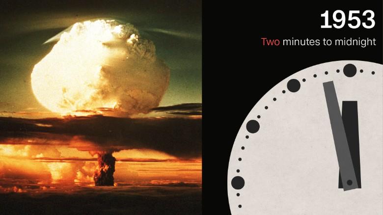В 1953 году человечество было в двух минутах от исчезновения. Фото: cnn.com