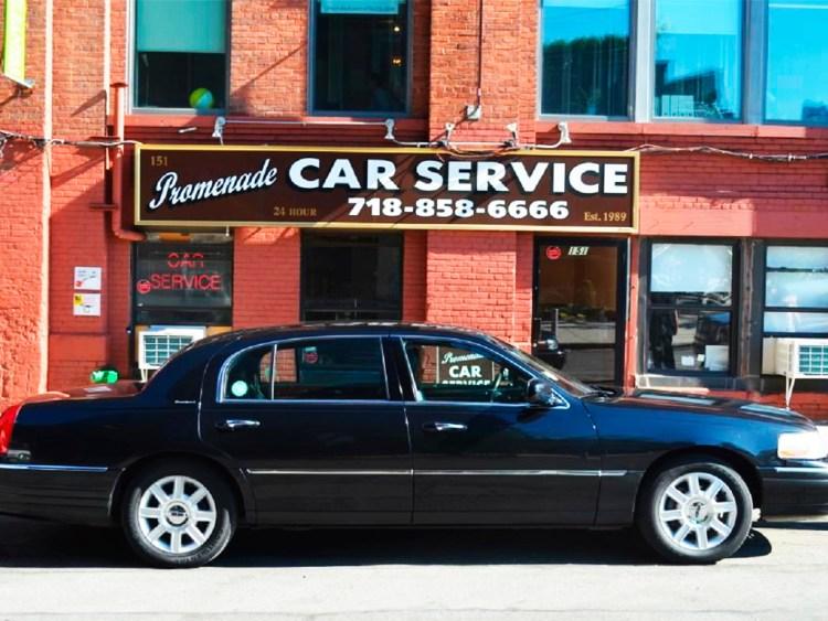 Car service можно вызвать только по телефону. Фото columbus-chocolate.com
