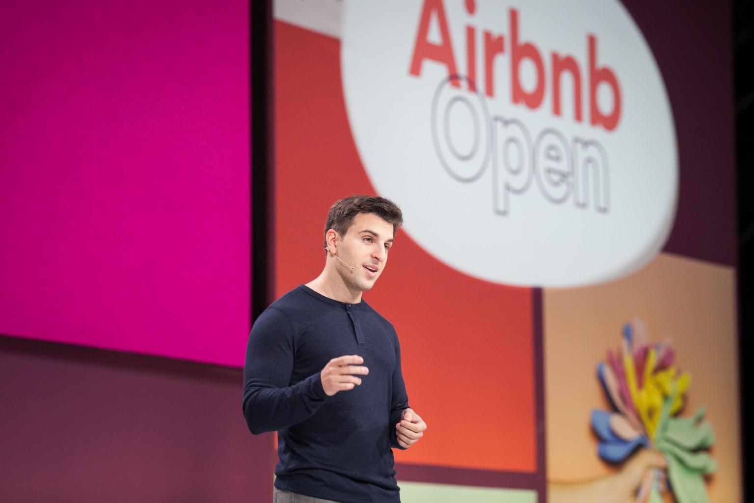 Исполнительный директор Airbnb Брайан Чески. Фото: airbnb.com