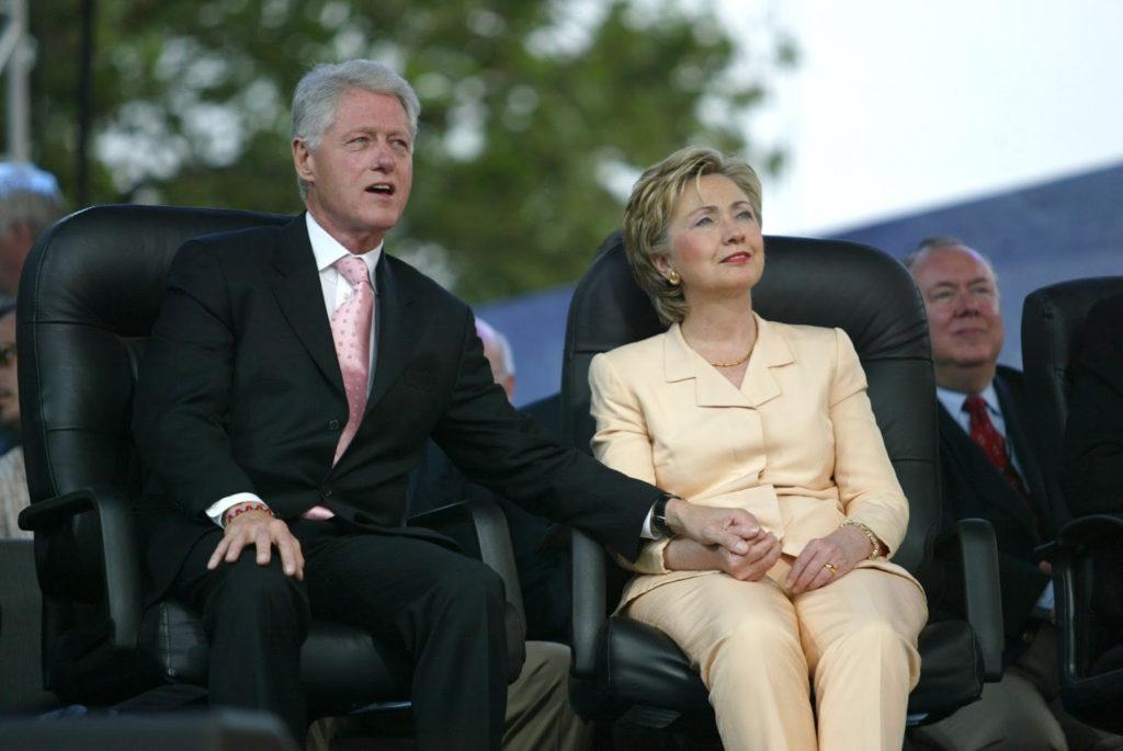 Хиллари и Блин Клинтон. Фото http://novoye-vremya.com/
