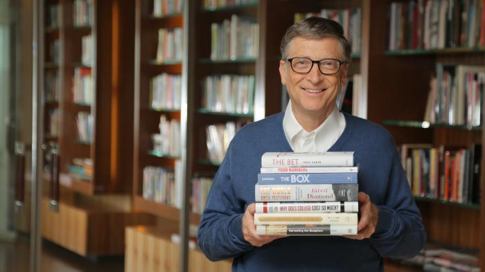 Билл Гейтс знает толк в хорошей литературе. Фото lifehacker.ru