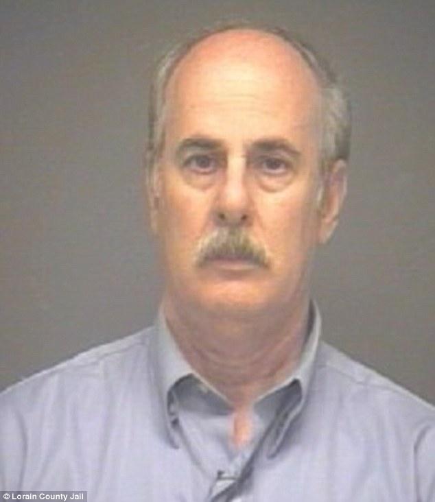 Майкл Файн, адвокат по разводам. Фото dailymail.co.uk
