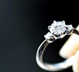 Как не переплатить за обручальное кольцо