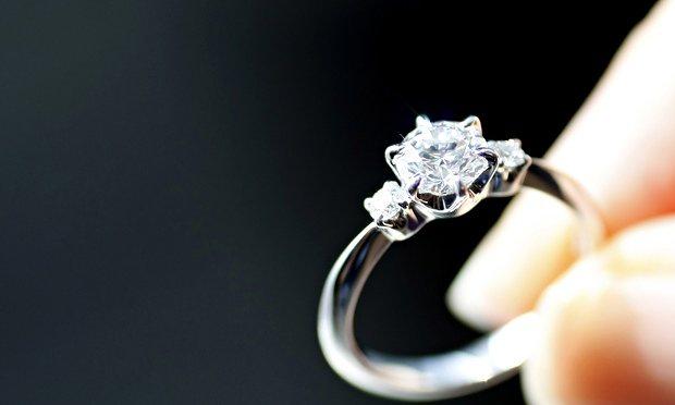 Выбрать кольцо - задача не из легких Фото: theguardian.com