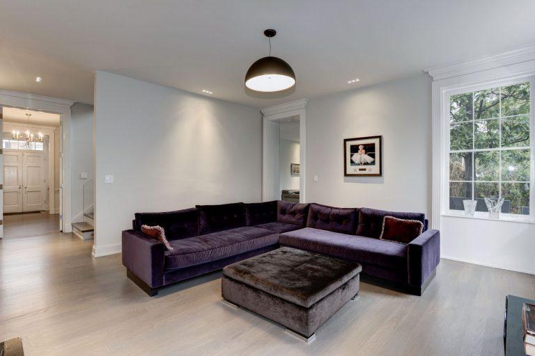 Одна из комнат нового дома в Вашингтоне Фото: idesignarch.com