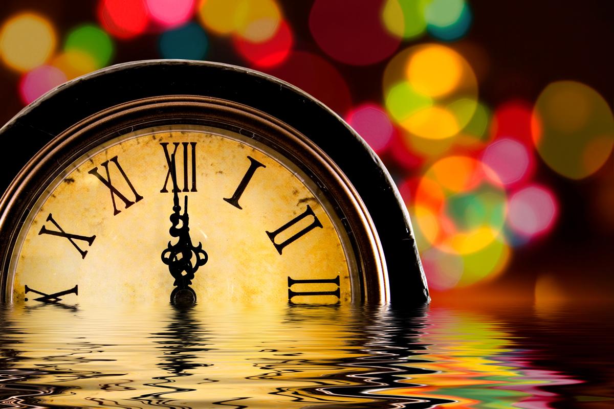 Новый год заставляет нас думать о времени. Фото juay.tk