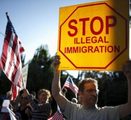 Что поменяется для иммигрантов от указов Трампа