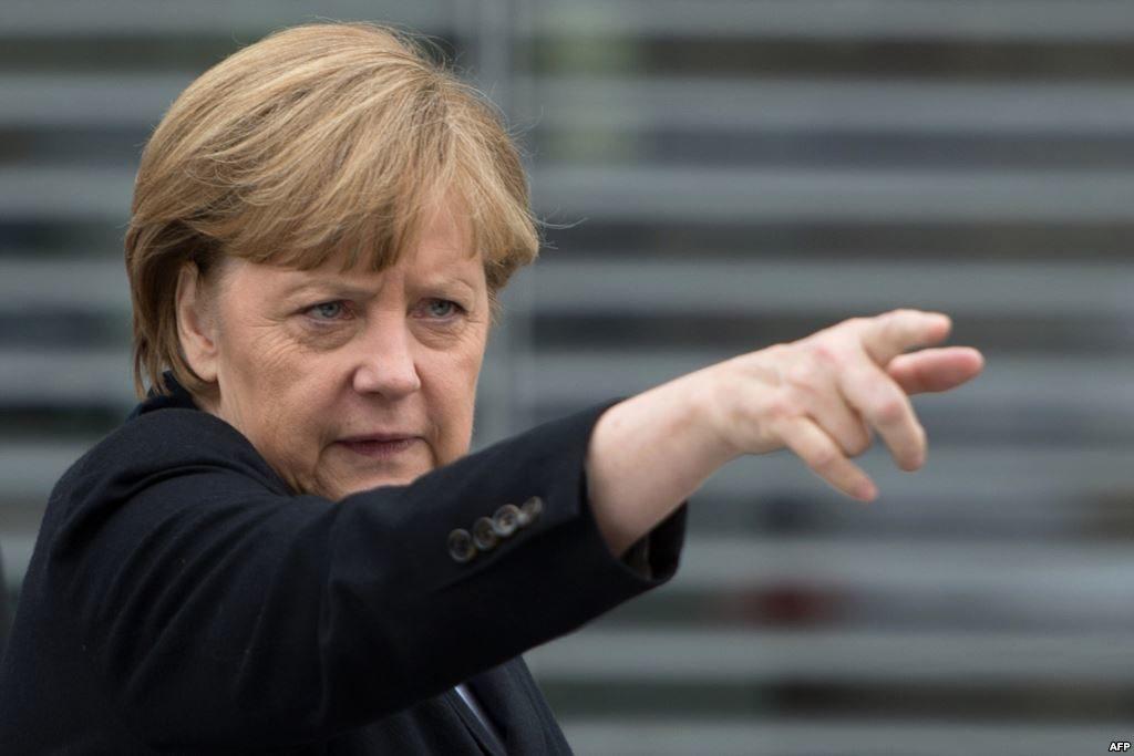 Ангела Меркель стала одним из лидеров, кто осуждает политику Трампа в отношении беженцев. Фото kapital.kz