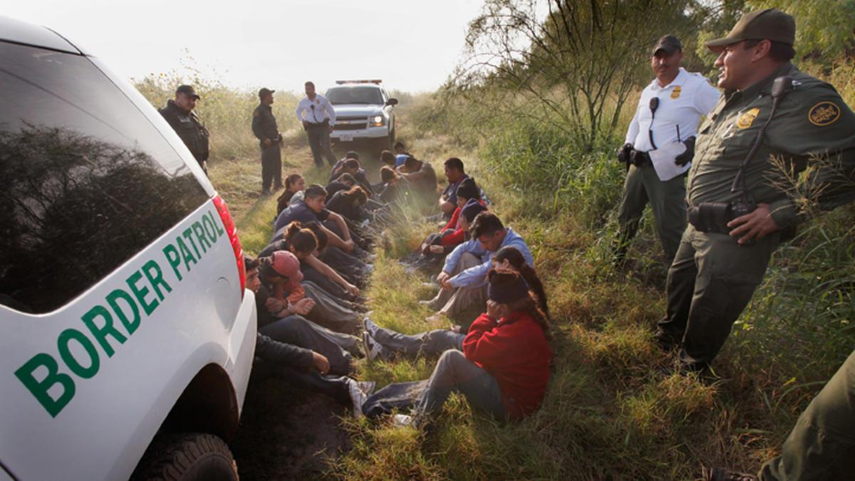 За 2015 год было депортировано несколько сотен тысяч иммигрантов. Фото: independent.org
