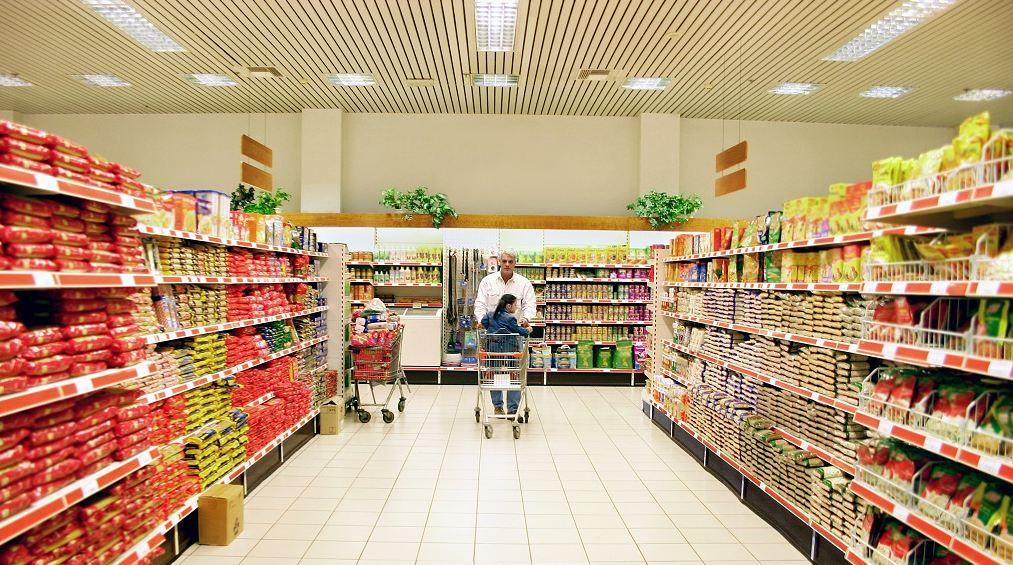В продуктовый магазин лучше приходить с готовым списком нужных товаров. Фото http://biz911.net/