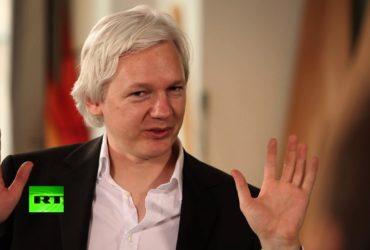 История взаимоотношений WikiLeaks и России