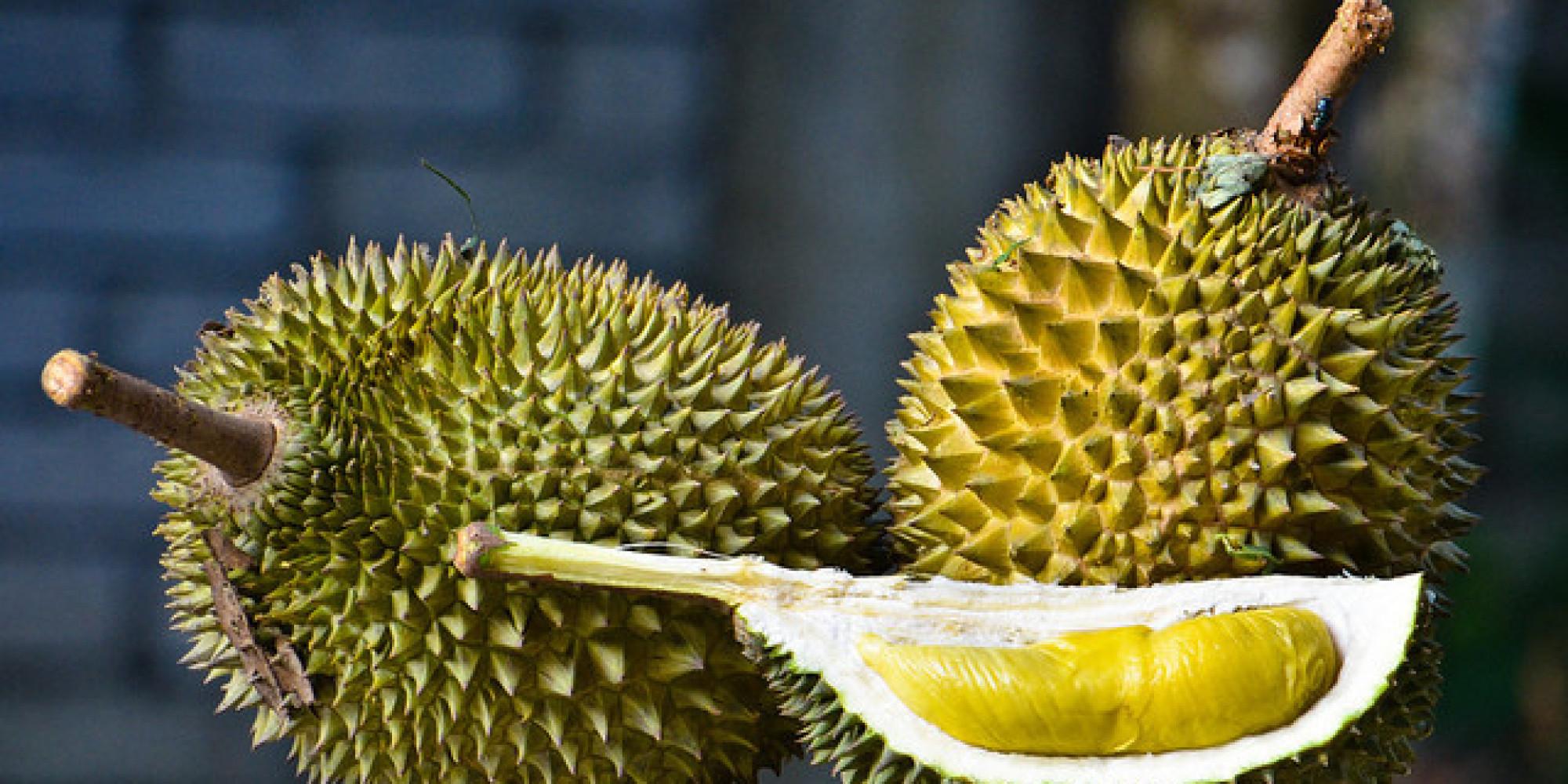 Дуриан - один из самых неприятных по запаху фруктов в мире. Фото: huffingtonpost.com