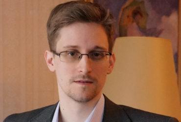 Сноуден останется в России еще на несколько лет