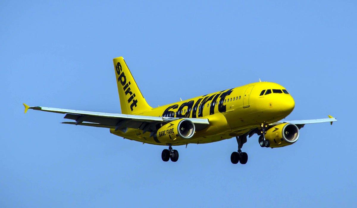 Spirit Airlines - один из самых дешевых авиаперевозчиков США