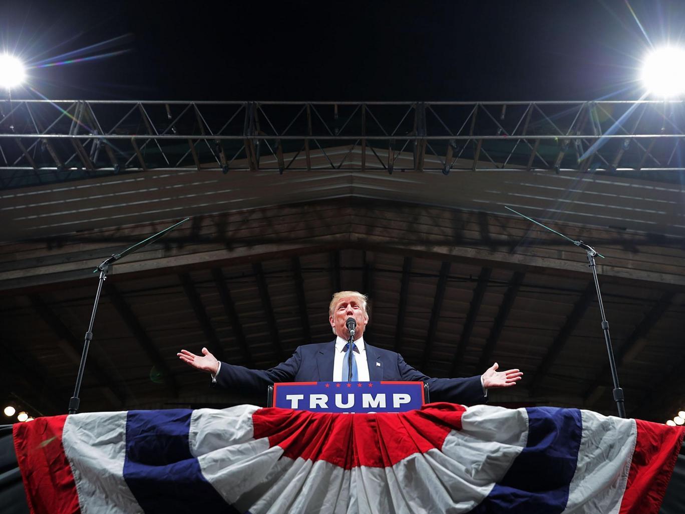 Букмекеры считают, что Трамп недолго продержится на посту президента. Фото: independent.co.uk