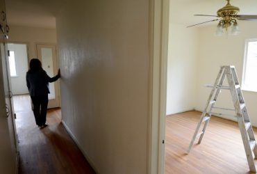 Американцы предлагают нелегалам жить в их домах