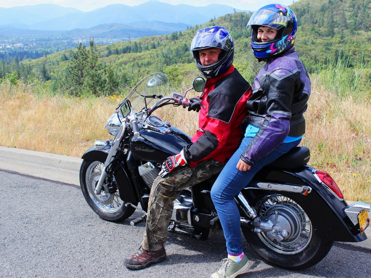 Путешествовать можно и экстремально! Фото columbus-chocolate.com