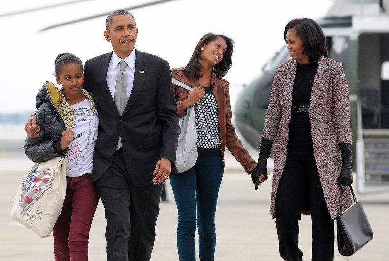 Барак Обама с семьей. Фото http://ideika-biznesy.ru
