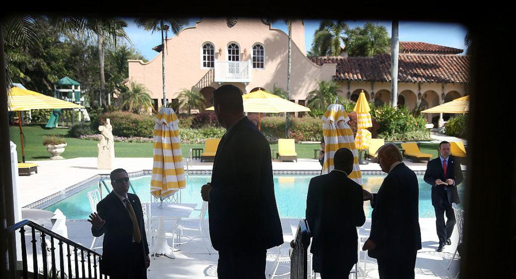 Дональд Трамп на курорте Мар-а-Лаго. Фото Getty