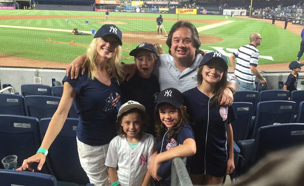 Келлиэнн с мужем Джорджем Конуэй и детьми. Фото donaldtrumpbuzz.com