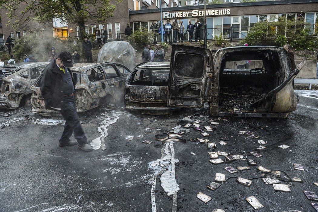 После речи Трампа во Флориде в Швеции таки начались протесты. Фото: nytimes.com