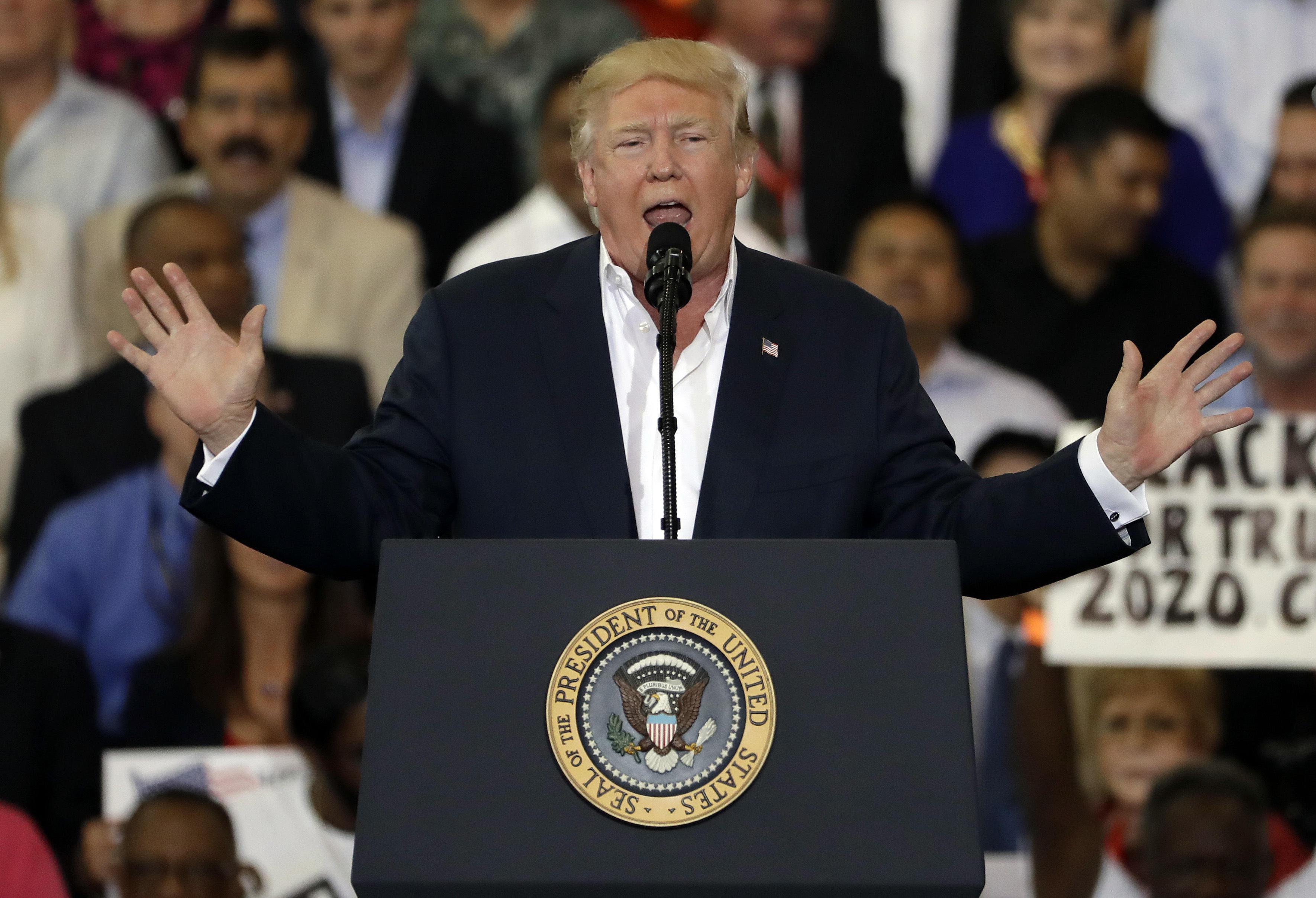 Дональд Трамп говорил о программе на Fox News, когда упомянул происшествия в Швеции. Фото: newsjs.com
