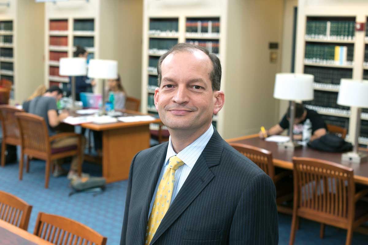 Новый кандидат в министры труда. Фото: miamitodaynews.com
