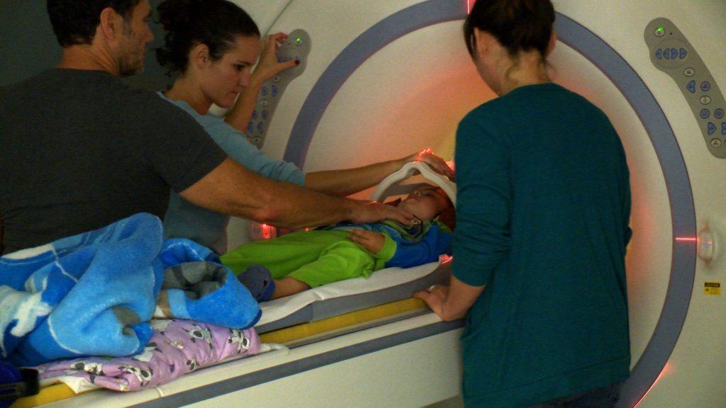 Ученые рассказали, что теперь можно диагностировать аутизм у детей до того, как появятся первые симптомы. Фото mit.edu