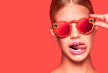 spectacles-red-crop