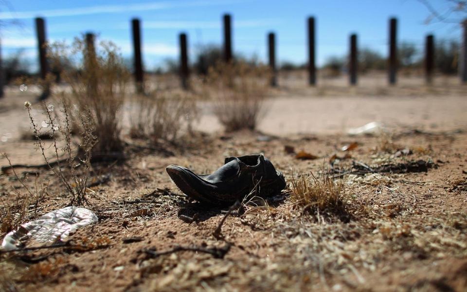 Депортированный мексиканец решил покончить собой, но не возвращаться на родину. Фото: america.aljazeera.com