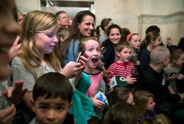 Трамп удивил школьников на экскурсии в Белом доме