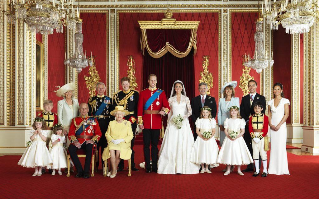 Королевская семья Великобритании - хороший пример публичного рода, что накладывает отпечаток на всех членов семьи. Фото cont.ws