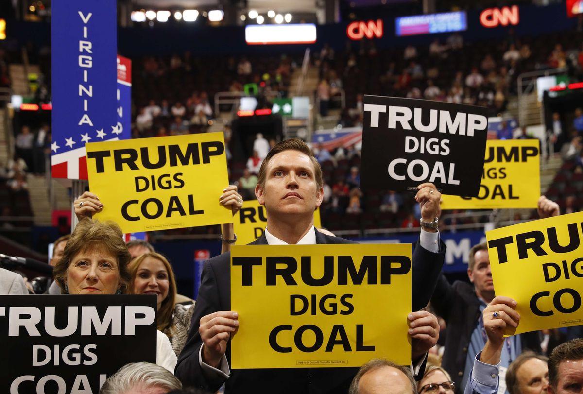 Трамп считает, что рабочие места пойдут вверх, если будет развиваться энергетика. Фото: adn.com