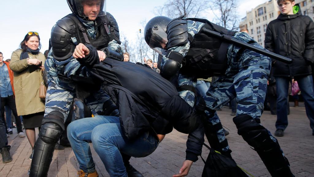 В Москве арестовали более 1000 человек. Фото: ru.rfi.fr
