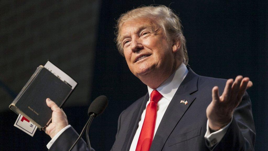 Дональд Трамп потерпел поражение в Конгрессе и теперь возьмется за налоги. Фото  http://vesti-ukr.com