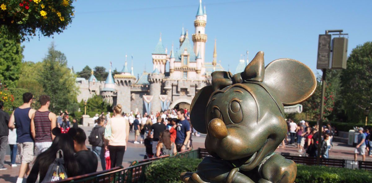 essay about disneyland california As you probably know, the university of california changed its required essay prompts for 2016-17 instead of writing two longer personal statement essays, you now chose from eight prompts (which they call personal insight questions) and write four short essays, each under 350 words.