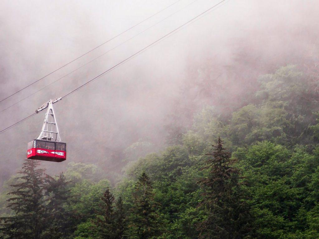 Подъемник Mount Roberts Tramway. Фото businessinsider