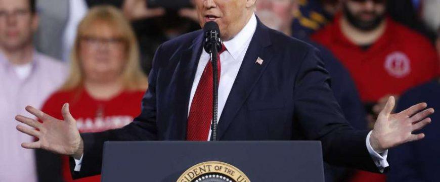 Трамп собирается восстановить первоначальный иммиграционный указ. Фото: sfgate.com