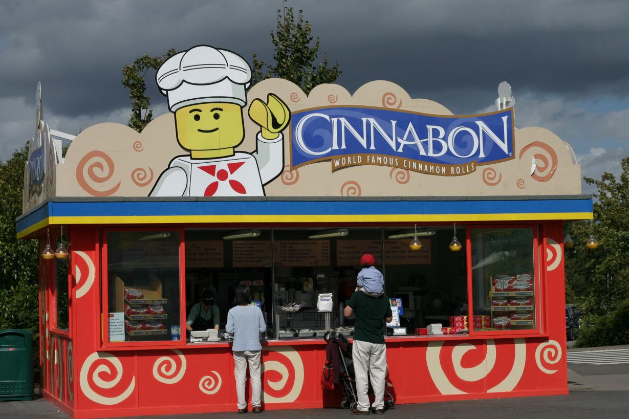 Cinnabon в Леголенде. Фото6 wikiwand.com