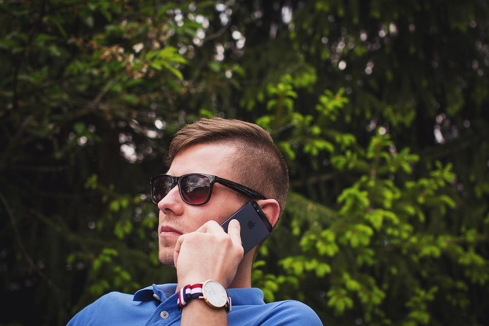 Теперь в Telegram можно звонить. Правда, без видео. Фото: androidauthority.com