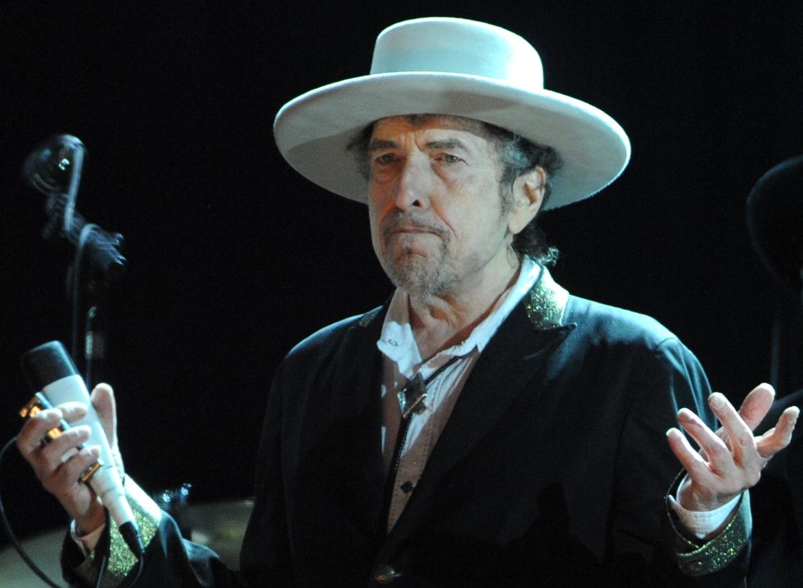 Боб Дилан скоро выступит в Швеции. Фото: americansongwriter.com