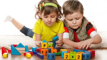 kids-playing750
